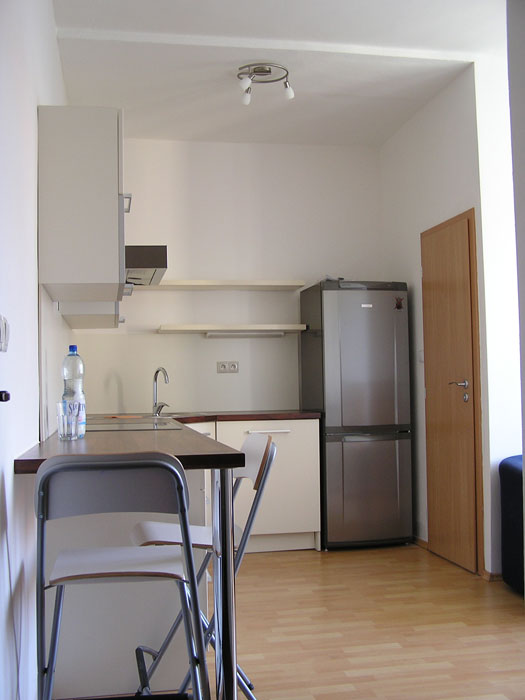 Pozerate obrazky z galerie: Or. Lesna - okolie Rekonštrukcia 3 bytových jednotiek